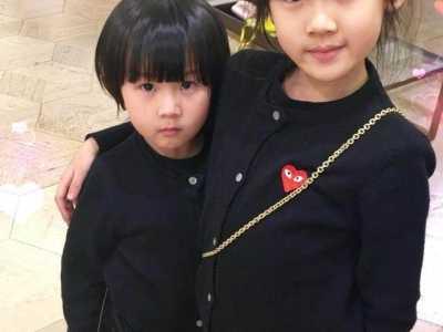 鲍蕾和陆毅的女儿 才知道为什么陆毅两个女儿的样子不像爸妈