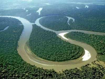 世界上最高的河流 流量是长江的好几倍