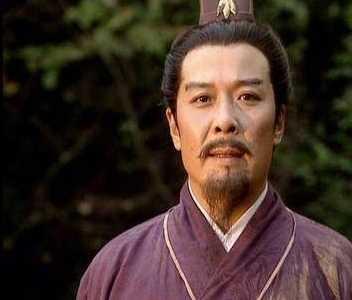刘备皇叔 《三国演义》刘备贵为皇叔