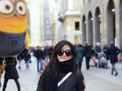 谢娜绑气球逛街 谢娜包包绑气球逛街